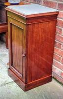 Victorian Mahogany Bedside Cupboard With Marble Top (4 of 8)