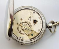 Vintage 1920s Swiss pocket watch & chain. (2 of 5)