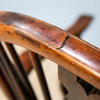 Yew & Elm Windsor Chair (6 of 11)
