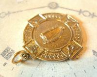 Vintage Pocket Watch Chain Fob 1940s Large Golden Gilt Irish Harp Shield Fob Nos (5 of 8)