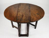 A Small 17th Century Gateleg Table. (8 of 14)