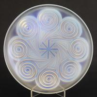 Large Art Deco Opalescent Glass Charger in Geometric Design by Etling c.1930 (6 of 8)