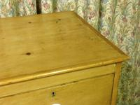 Victorian Stripped Pine Chest with 4 Drawers & White Porcelain Knobs (7 of 9)