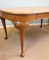 Burr Walnut Queen Anne Style Extending Dining Table c.1930 (8 of 13)