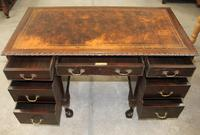 1940s Mahogany Desk with Brown Leather Inset.1 Piece (3 of 5)