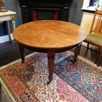 Arts & Crafts Oak, Medullery Ray Extending Table with 6 Chairs, in the manner of Liberty & Co (3 of 22)