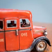 Retro Toy Tin Bus (5 of 7)