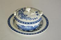8th Century Dr Wall Worcester Blue Butter Tub, Cover & Stand c.1770 (3 of 8)