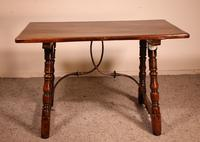 Spanish Table from the 16th Century in Walnut (7 of 13)