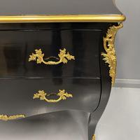 French Black Lacquered and Gilt Commode (3 of 8)