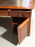 Very Good Late Regency Mahogany Partners Desk (2 of 4)