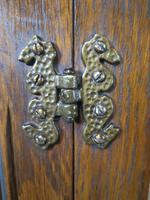 Wood Bros Old Charm Oak Hi Fi Cabinet (7 of 12)