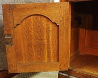 Georgian Oak Cupboard Dresser. North Wales c.1800 (5 of 9)