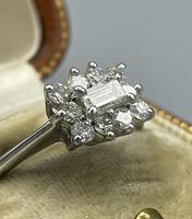 18ct White Gold Diamond Cluster Ring (8 of 14)