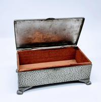 Antique Arts & Crafts Art Deco Hammered Pewter Cigarette Box (7 of 9)