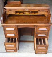 1920's Large Oak D type Roll Top Desk with Good Interior (3 of 6)
