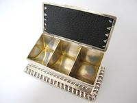Victorian Silver Triple Stamp Box Henry Matthews Chester 1901 (2 of 6)