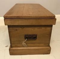 Mid Victorian Blanket Chest (6 of 6)