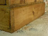 Victorian Stripped Pine Chest with 4 Drawers & White Porcelain Knobs (9 of 9)