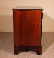 Small Serpentine Chest of Drawers George III in Mahogany (9 of 12)