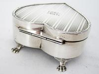Silver Heart Shaped Jewellery Casket or Box with a Hinged Lid (5 of 7)