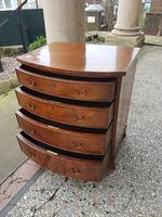 Antique Small Bow Fronted Chest of Drawers (3 of 4)