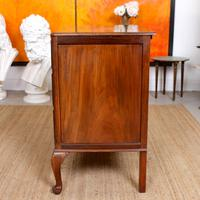 Walnut Chest of Drawers Queen Anne Style c.1920 (10 of 11)