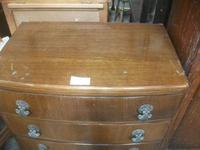Oak Four Drawer Chest (2 of 3)