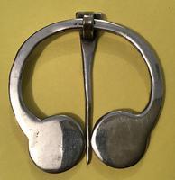 Vintage Scottish  Silver Celtic Design Penannular Brooch (4 of 4)