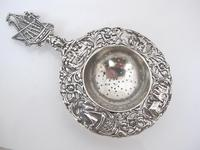 Dutch provincial silver tea strainer with sailing ship maker NL 1935 (3 of 8)
