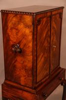 Quality Cabinet on Stand Chippendale Style (4 of 9)