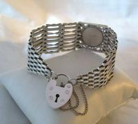 Vintage Sterling Silver Gate Bracelet 1976 St Christopher & Heart Padlock 34.3 Grams (5 of 12)
