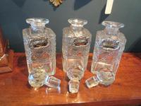 Late Victorian Polished Oak Three Bottle Tantalus (8 of 10)