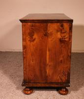 Queen Anne Period Walnut Chest of Drawers Late 17th Century (3 of 11)