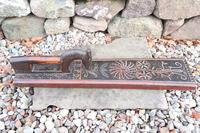 Scandinavian / Danish 'Folk Art' Horse handle mangle board with chip carving & original  black/red paint BPD c.1820 (2 of 19)