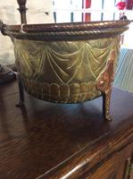Late 17th Century or Early 18th Century Brass & Copper Cauldron (3 of 4)