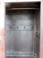 Country Oak Press Cupboard 1730 (6 of 10)