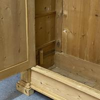 Antique Continental pine double wardrobe 'dismantles' (3 of 6)