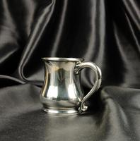 Late 1930's Miniature Silver Tankard (4 of 6)