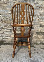 Pair of Antique Broad Arm Windsor Chairs (23 of 28)