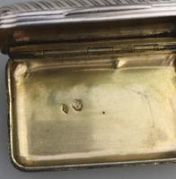 Good French Solid Silver Reeded Rectangular Snuff Box c.1830 (9 of 10)