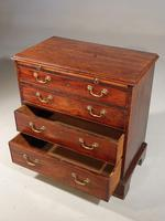 A Very Small Chippendale Period Mahogany Chest of Drawers (4 of 4)