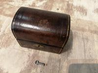 Miniature Leather Trunk Containing a Pair of Clear Glass Scent Bottles (4 of 5)
