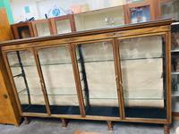 Shop Display Cabinet (15 of 21)