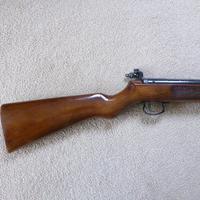Webley MK 3.22 Air Rifle (2 of 5)