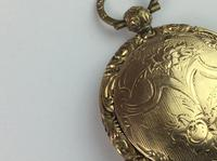 Vintage 9ct '375' Front & Back Hinged Rose & Yellow Gold Locket (9 of 12)