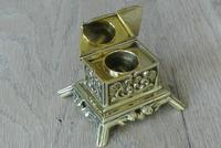 Fine Small Aesthetic Movement Brass Inkwell c.1890 (2 of 7)