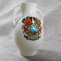 Unusual, W.H. Goss Crested Ware, Heraldic, Souvenir China, Misspelt  Place  NameVase (2 of 6)