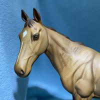 """Beswick Connoisseur Collection Racehorse """"Mr Frisk"""" (2 of 13)"""