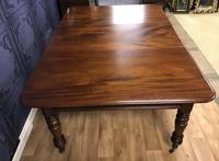 Good Quality Victorian Mahogany Dining table with additional Leaf (8 of 11)